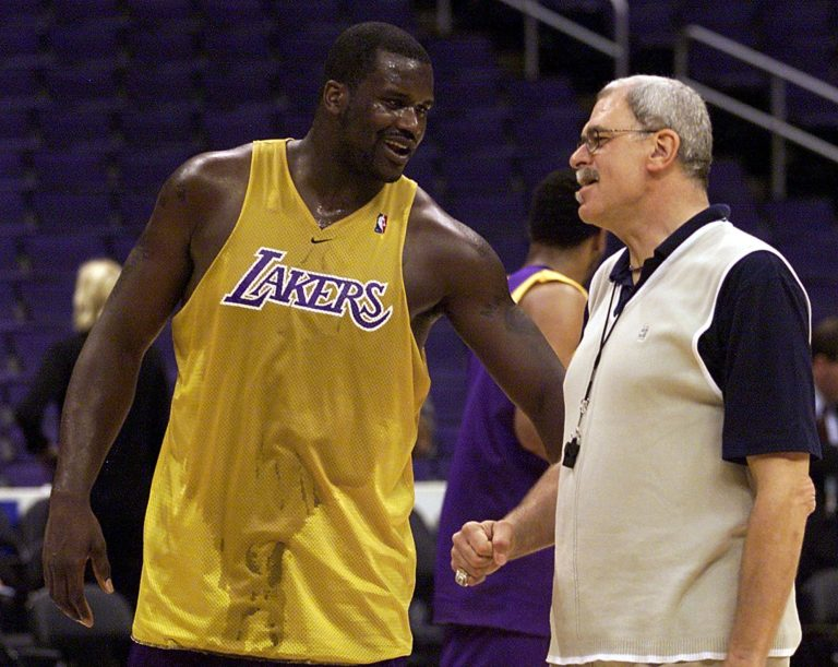 Shaq gives his thoughts after Scottie Pippen calls Phil Jackson a racist
