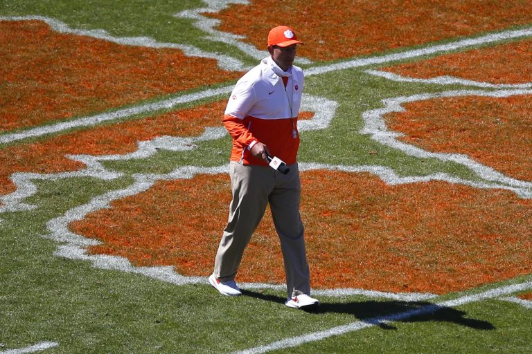 Clemson beats out Georgia, Florida and others for 4-star DE