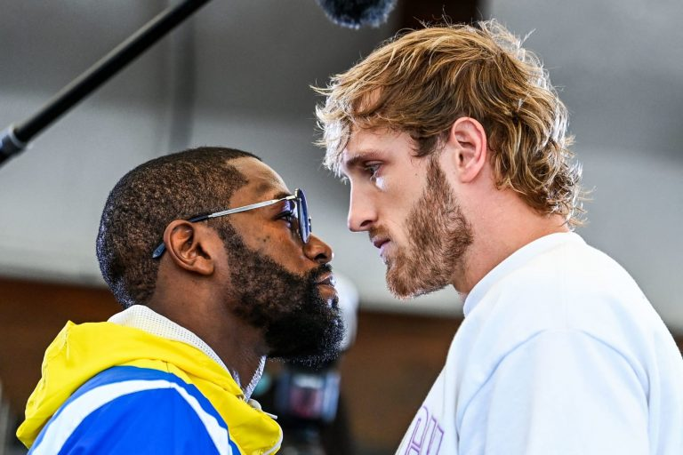 Watch Floyd Mayweather and Logan Paul weigh in ahead of fight (Video)
