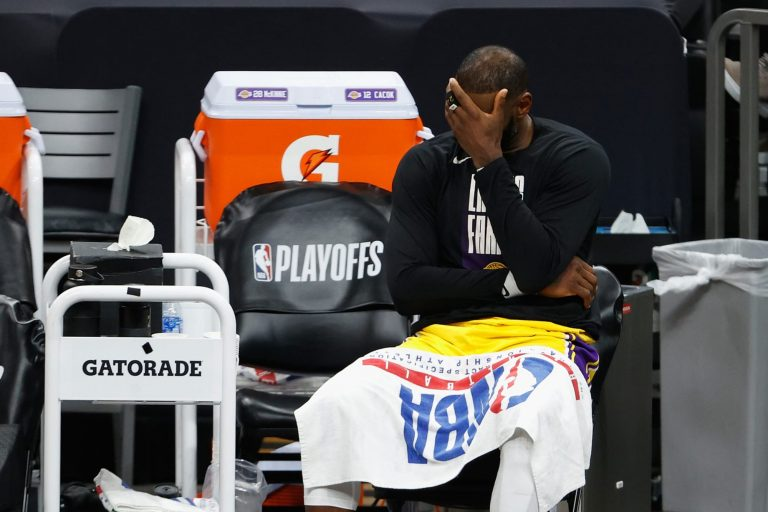 LeBron James slander in full force after Lakers drop series to Suns