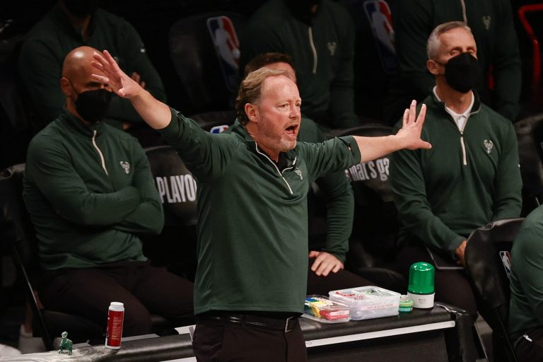 Milwaukee Bucks fans are ready to fire Mike Budenholzer mid-series