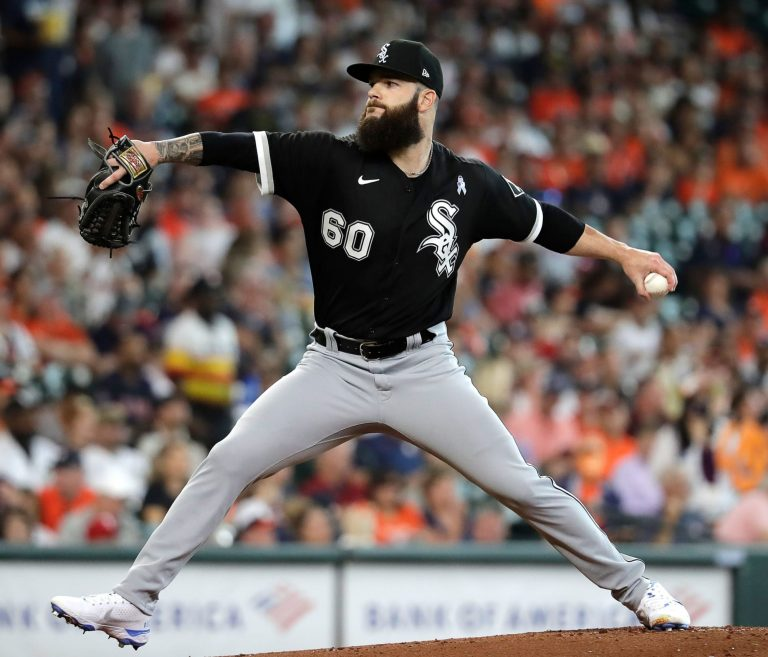 Umpire welcomes Dallas Keuchel back to Houston with incredibly generous strike