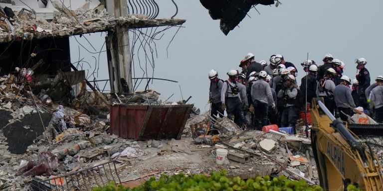 Miami-Area Collapsed Condo Crews Keep Looking for Survivors on Day 7