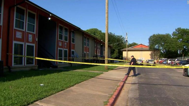 Dallas shooting: Five shot, including 4-year-old girl