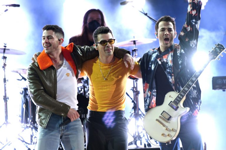 Jonas Brothers Release Tokyo Olympics Song 'Remember This'