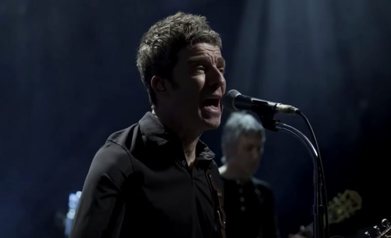 See Noel Gallagher Perform Oasis Classic on 'CBS This Morning'