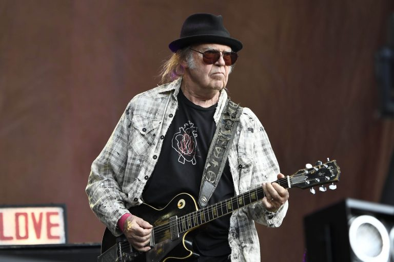 Neil Young and Crazy Horse are working on a new album
