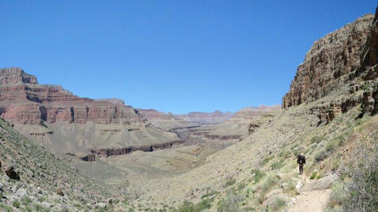 Grand Canyon backpacker dies in extreme heat from possible heat-related causes