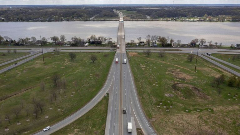 Bison Bridge over Mississippi River could be boon for the heartland