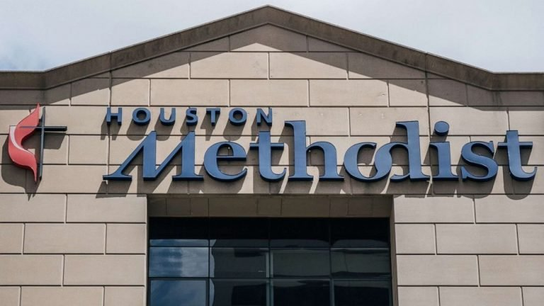 178 staffers at Houston Methodist hospital suspended for not complying with COVID-19 vaccine mandate