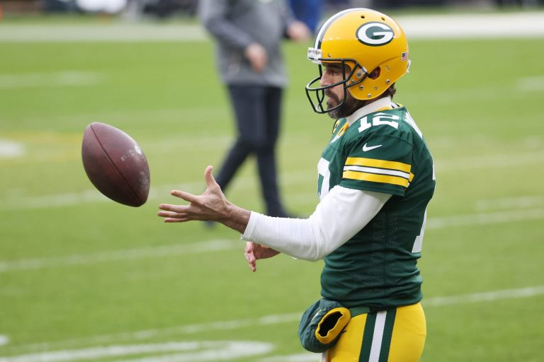 Aaron Rodgers to Broncos? How ownership drama impacts a trade