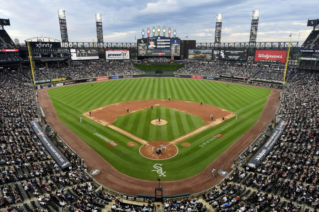 White Sox play-by-play man Jason Benetti fuming he's being left at home