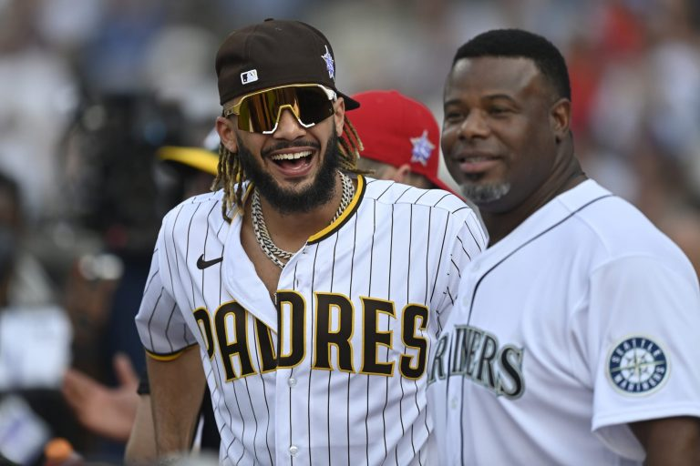 Ken Griffey Jr. is having the time of his life at the Home Run Derby