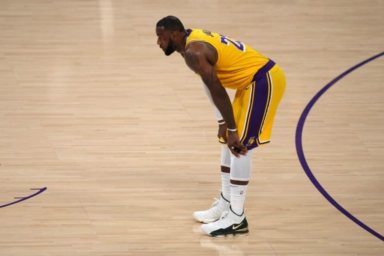 LeBron James is the most hated athlete online and it's not even close