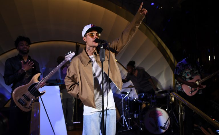 LAS VEGAS, NEVADA - JULY 10: Justin Bieber performs onstage at h.wood Group's grand openingof Delilah at Wynn Las Vegas on July 10, 2021 in Las Vegas, Nevada. (Photo by Denise Truscello/Getty Images for Wynn Las Vegas)