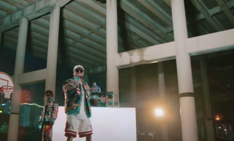 Watch Tainy, Yandel Team Up on New Song 'Si Te Vas' on 'Kimmel'