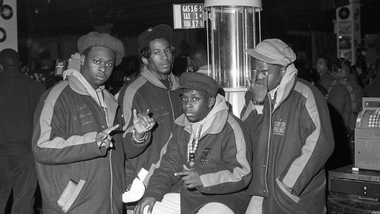 NEW YORK - APRIL 4:   (L-R) Jarobi White, Q-Tip, Phife Dawg and Ali Shaheed Muhammad of the hip hop group 'A Tribe Called Quest' pose for a portrait session on April 4, 1990 in New York . (Photo by Al Pereira/Michael Ochs Archives/Getty Images)