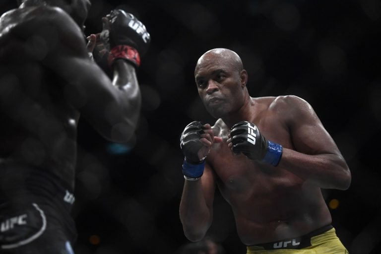 Anderson Silva's son murked a man with a leg kick KO in kickboxing debut