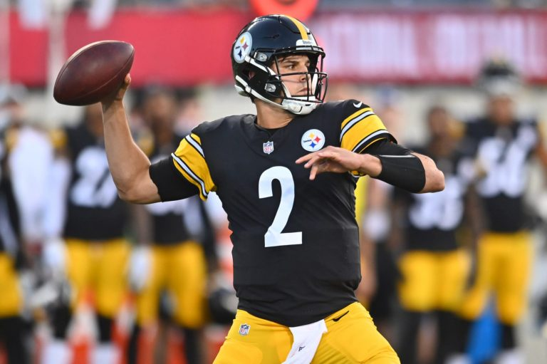3 available QBs who are better than Mason Rudolph