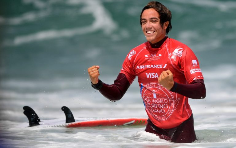 Jhony Corza is living a dream being able to surf in the Corona Open