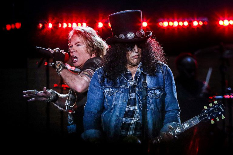 Fans React to Guns N' Roses' New Song 'Absurd'