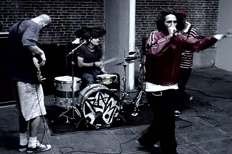 How Mexican Revolutionaries Inspired RATM's 'People of the Sun'