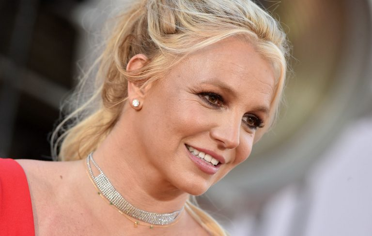 Britney Spears to face investigation over allegations she struck her employee