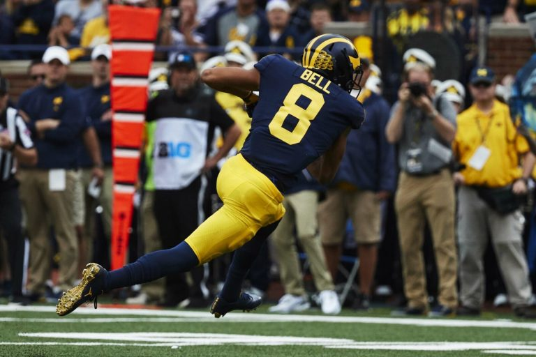 Michigan receiver leaves game in a wheelchair