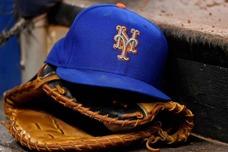 Mets answer to front office drama is another idiotic decision