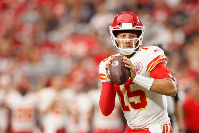 Patrick Mahomes gives insightful answers on NFL history, Negro Leagues