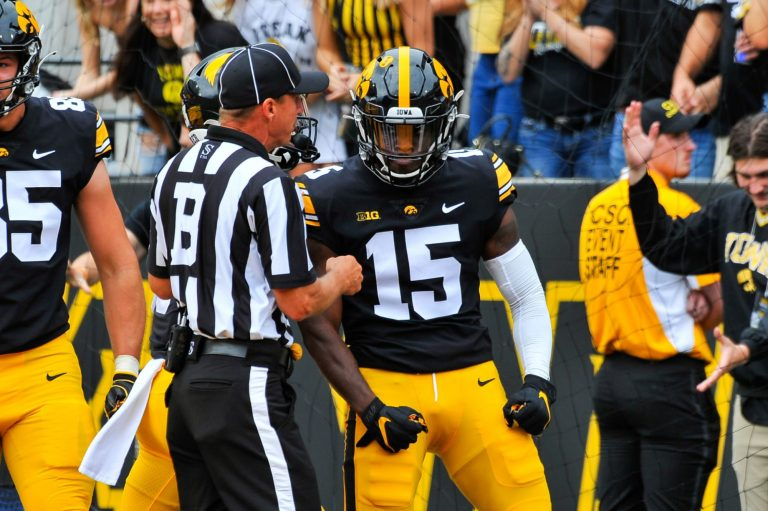 Iowa vs. Iowa State prediction, odds, spread, line, over/under & betting info for NCAA Week 2