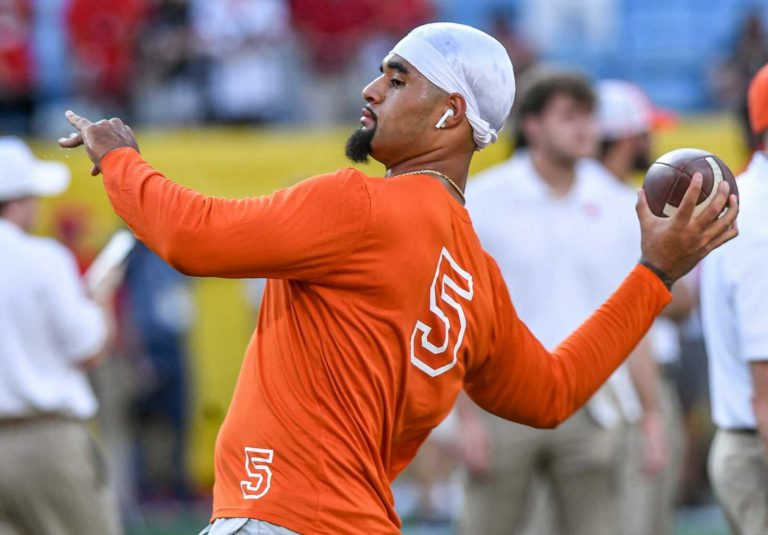 D.J. Uiagalalei handled loss with more class than Dabo Swinney