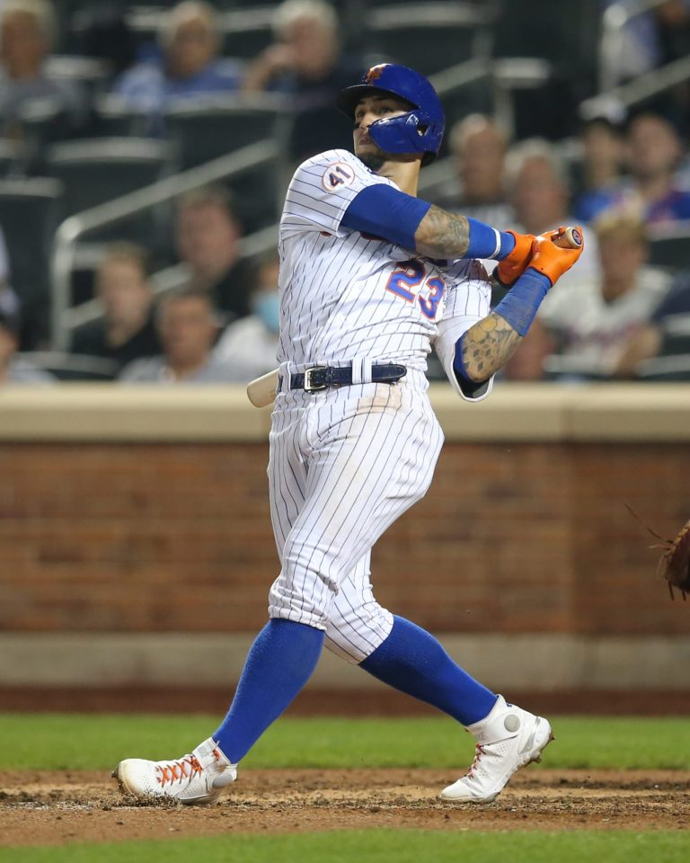 Javy Baez invites cancer patients from Puerto Rico to Mets home game