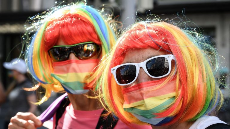 Tens Of Thousands Protest For Gay Marriage In Switzerland