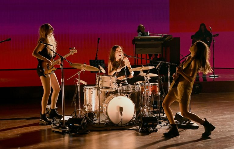 Watch Haim make live return with help from Thundercat and Rostam