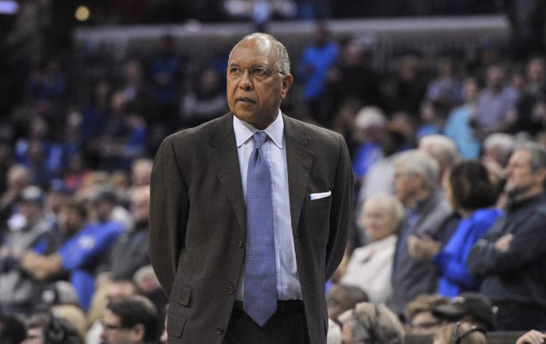 Tubby Smith 'humbled' to have jersey retired