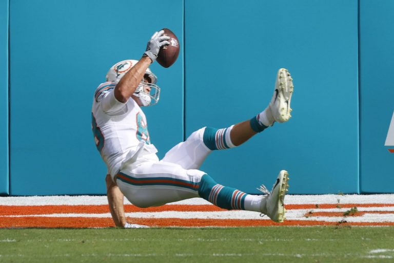 5 bold predictions for Dolphins against Buccaneers