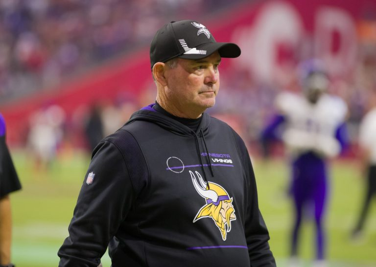 Vikings fans on Twitter are starting a 'Fire Mike Zimmer' movement