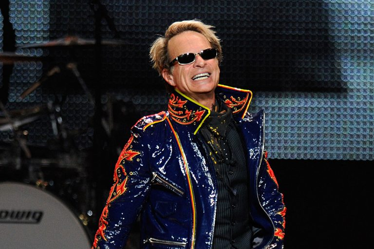 David Lee Roth Officially Announces His Retirement