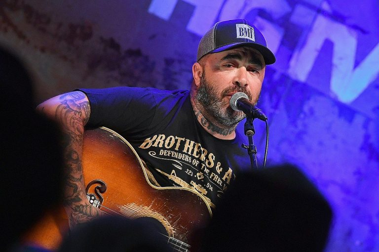 Aaron Lewis Blames Democrats for Every Scar on the Country