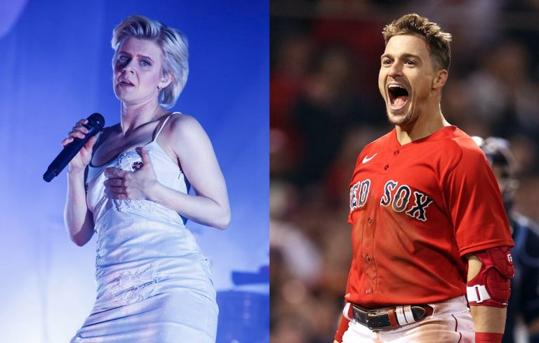 Watch Boston Red Sox celebrate win by singing Robyn's 'Dancing On My Own'